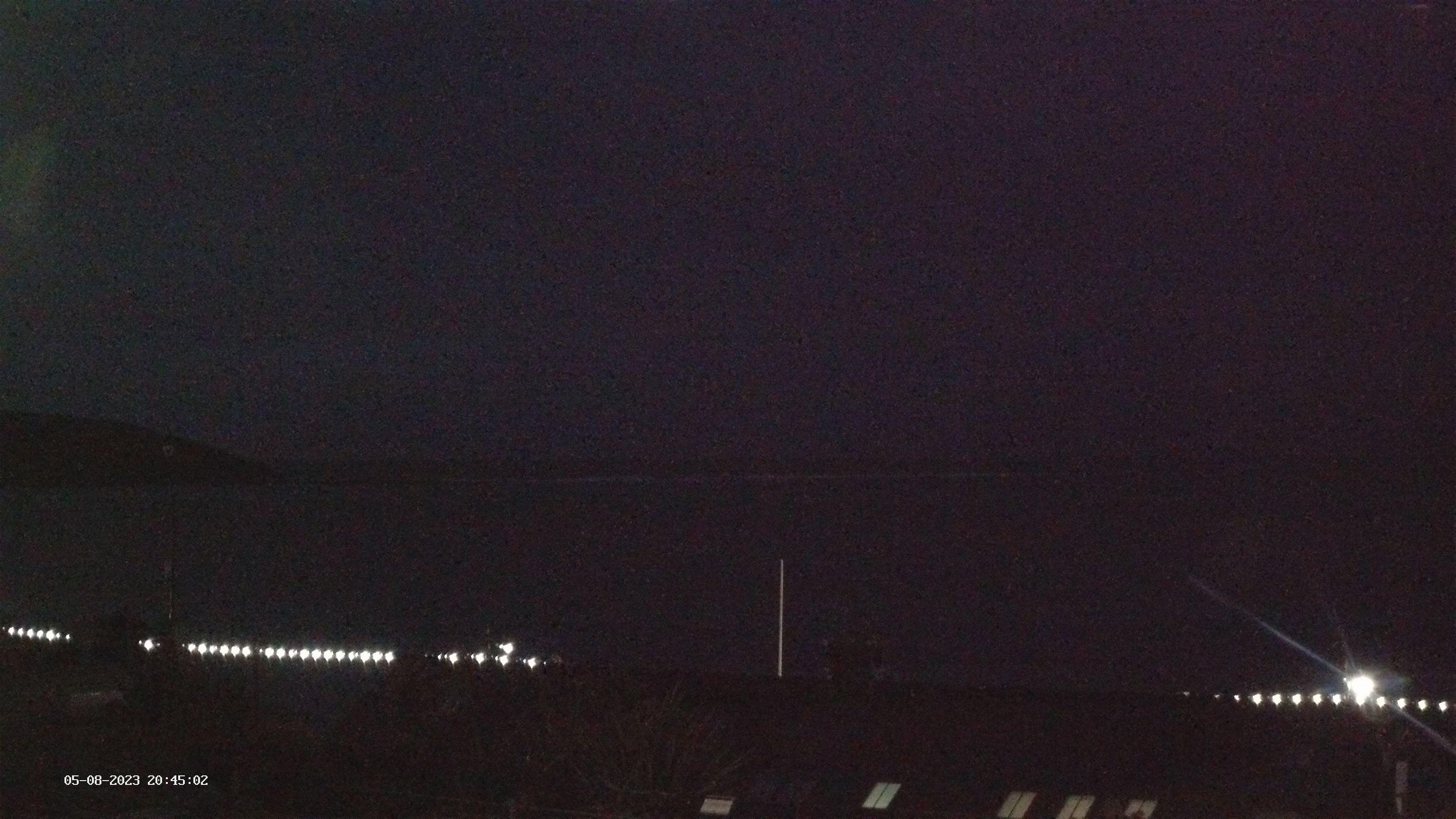 Latest webcam image - Filey Brigg